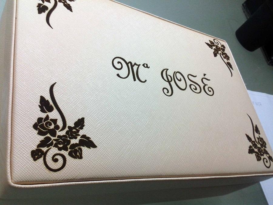 Cajas personalizadas con láser