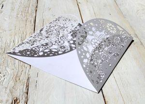 Corte de papel con láser