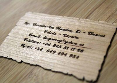 Grabado tarjeta madera flexible de cerezo natural
